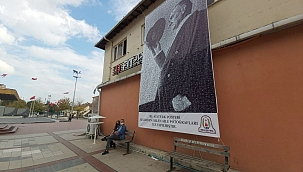 Çan'da Atatürk posteri