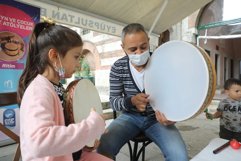 Ebeveyn ve Çocuk Sanat Atölyeleri'ne Büyük İlgi