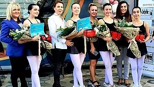 Esra Yurttut ilk mezunlarını verdi