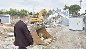 İlyas Bayram Stadyumu Tribünü Yenileniyor