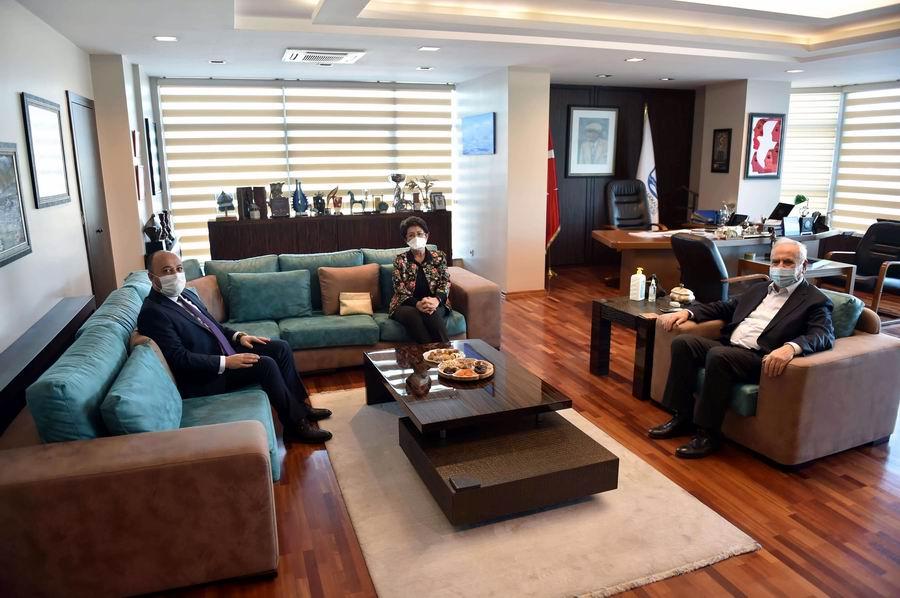 Başkan Gökhan'a ziyaret