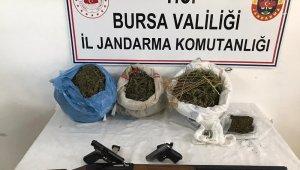 5 kilo uyuşturucu 'Takip'e takıldı