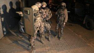 Adana'da DEAŞ operasyonu: 3 gözaltı