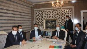 AK Parti Genel Başkan Yardımcısı Demiröz'den Ahlat'a ziyaret