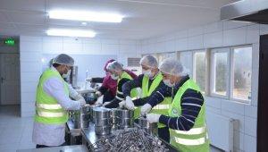 Avcılar Belediyesi'den 134 bin 550 kişiye sıcak yemek desteği