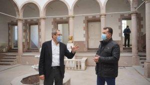 Ayvalık'ta projeler için Başkan Ergin ve Büyükşehir Belediye Başkanı Yılmaz el ele