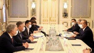 Bakan Çavuşoğlu ve Bakan Akar, Ukrayna Devlet Başkanı Zelenskiy ile görüştü