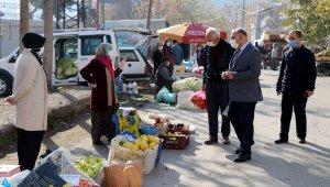 Başkan Çay halk pazarını denetledi