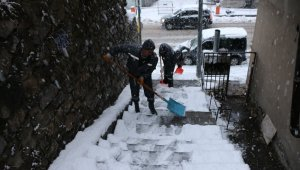 Bitlis'te 87 köy yolu ulaşıma kapalı