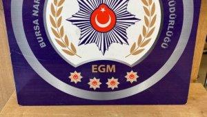 Bursa polisi uyuşturucuya geçit vermiyor