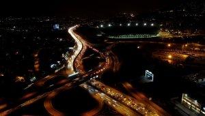 Bursa'da kısıtlamaya dakikalar kala trafikte yoğunluk