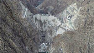 Dar vadinin gizli hazinesi Yusufeli Barajı'nda son 15 metre kaldı