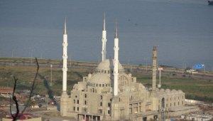 Doğu Karadeniz'in en büyük cami ve külliyesinin yüzde 65'lik bölümü tamamlandı