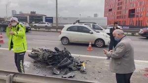 E-5'te motosiklet otomobile arkadan çarptı: 1 ölü