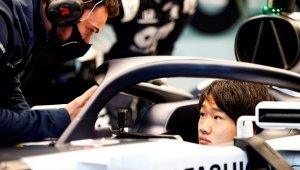 F1'in yeni sezonunda Scuderia AlphaTauri Honda takımı için Yuki Tsunoda yarışacak