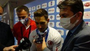 İbrahim Çolak Avrupa Şampiyonu oldu, Cumhurbaşkanı Erdoğan telefonla arayıp tebrik etti