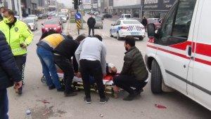 İki farklı kazada 3 kişi yaralandı