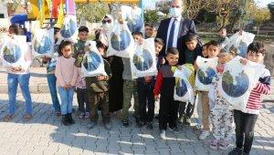 İstanbul'dan Akçakale'deki çocuklara temizlik seti desteği