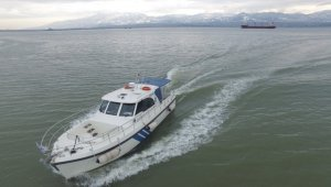 İzmit Körfez'ini kirleten gemilere 5.8 milyon TL ceza kesildi