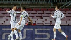 Juventus deplasmanda Barcelona'yı 3-0 mağlup etti