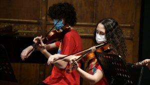 Kadıköylü çocuklardan 'Caz Konseri'