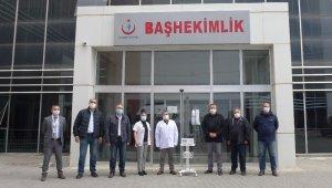 Kuşadası Ticaret Odası devlet hastanesine oksijen cihazı bağışladı