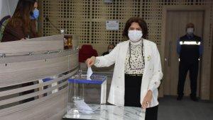 Menemen başkan vekili seçiminde 4. tura geçildi