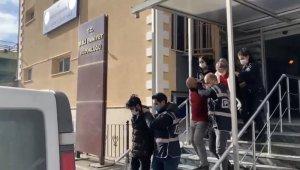Şişli'de otel odasında 16.5 milyon lira sahte dövizle yakalanan şüpheliler adliyede