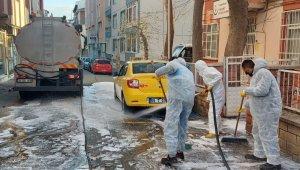Sokaklarda dezenfeksiyon çalışması