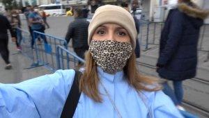 Taksim'de kadın turist gazeteciye saldırdı, o anlar kamerada