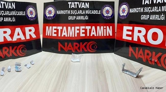 Tatvan'da uyuşturucu madde ve kuru sıkı tabanca ele geçirildi