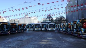Van Büyükşehir Belediyesi tarafından alınan 22 otobüs hizmete başladı