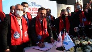 Yenişehir Belediyesi'nde en düşük işçi maaşı 3 bin 883 lira oldu