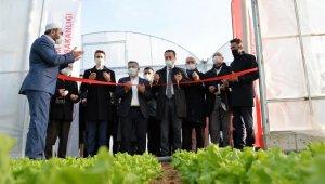 14 dekar alana 980 bin lira hibeyle yapılan yüksek plastik tünel serası dualarla açıldı