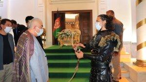 """Afganistanlı tıp fakültesi öğrencisinin """"Sultan Baybars"""" rolü taktir topladı"""