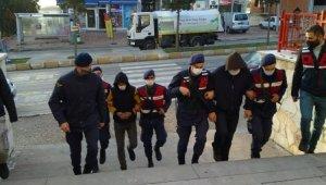 Antalya'da uyuşturucu şebekesine darbe: 8 tutuklama