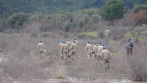 Barajdaki arama çalışmalarına komanda ekipleri de katıldı