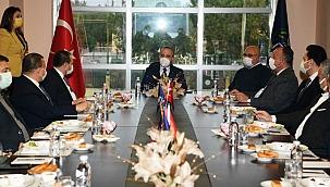 Bülent Turan Oda Başkanları'yla birlikte