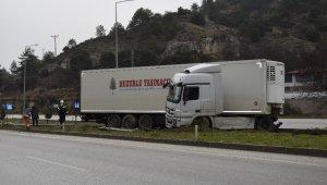 Burdur'da trafik kazası ucuz atlatıldı