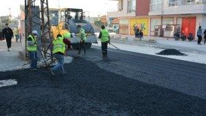 Büyükşehir Belediyesi, Tarsus'ta yol çalışmalarına devam ediyor