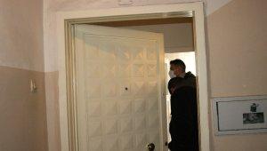 Diyarbakır'da 88 yaşındaki kadın evinde ölü bulundu