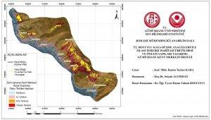 Gümüşhane'nin kent merkezindeki kayaların düşme analizi yapıldı