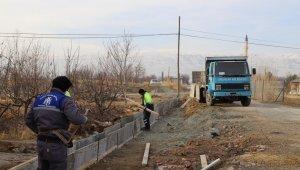 Karın yağmadığı Erzincan'da belediye çalışmalarının sezonu uzadı