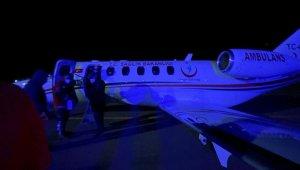 Kazakistan'da hastalanan tır şoförlüğü yapan şehit babası ambulans uçakla Erzurum'a getirildi