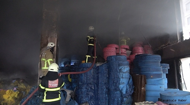 Maske fabrikasında yangın çıktı