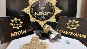 Muş'ta otomobile zulalanmış uyuşturucu ele geçirildi