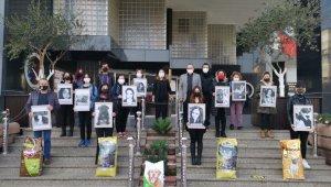 Nazilli'de hayvanseverler kadına şiddete dikkat çekti