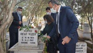 Nazillili merhum gazeteciler mezarları başında anıldı