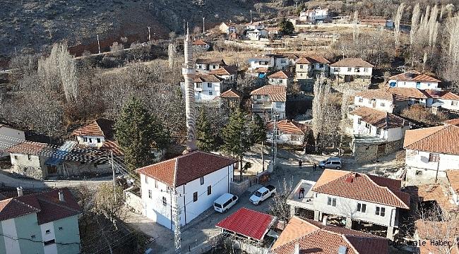 Osmanlı dönemine ait tarihi Üçköy Camii restore edildi
