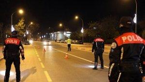 Sakarya'da 80 saatlik kısıtlamada 300 kişiye ceza